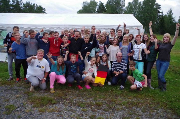 kurvig tysk ansiktsbehandling nära Stockholm